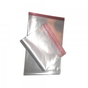 Skaidrūs maišeliai su lipnia juostele 100x100+40 mm
